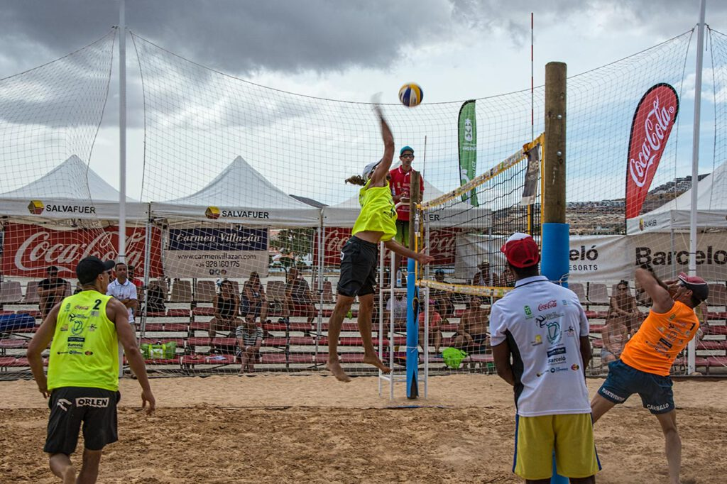 Volleyball JT16499